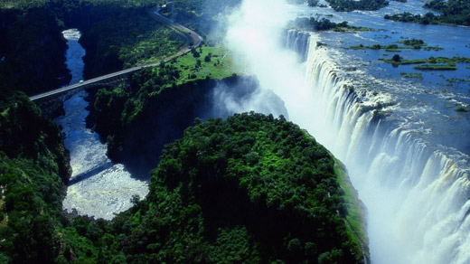 Zimbabwe Tourist Attractions: Victoria Falls and Bridge