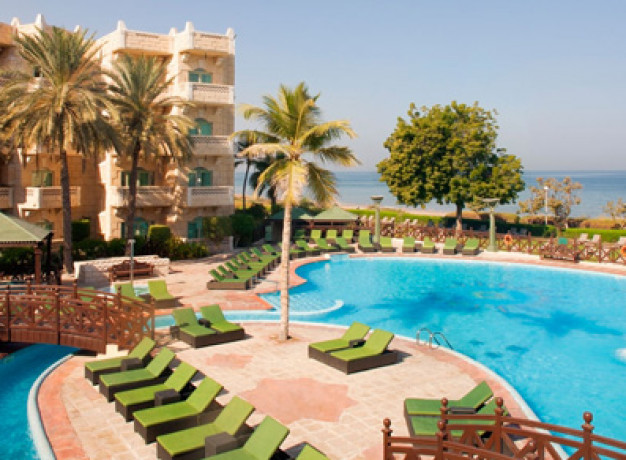 Grand Hyatt Muscat Hotel - Swimming Pool