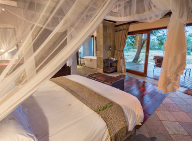 Thornybush Game Reserve Lodge