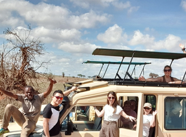 Small Group Safari Tours