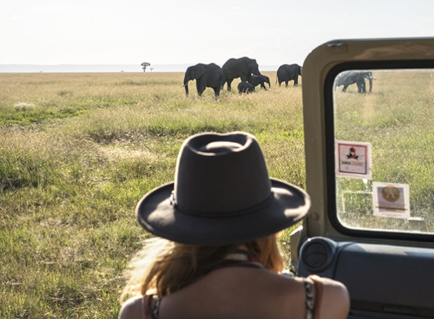 It's ladies only on this escorted tour of Kenya